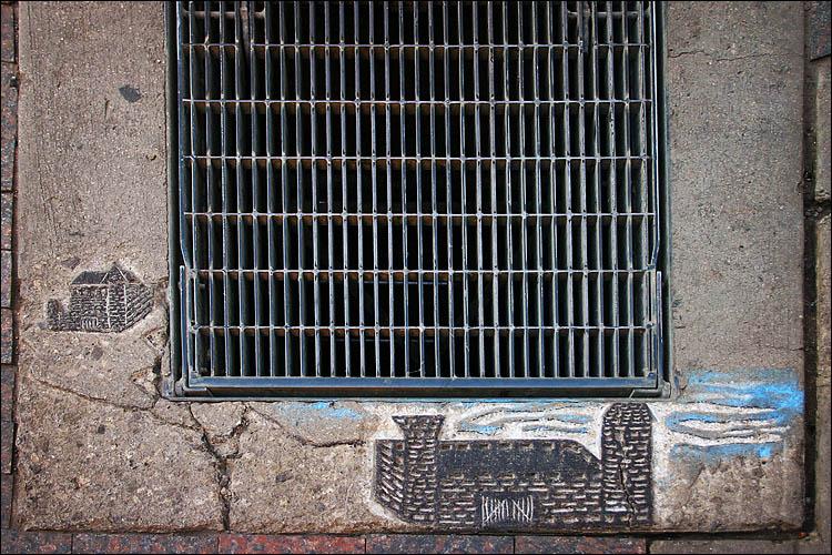 sidewalk art || canon 300d | 1/25s | f4 | ISO 100