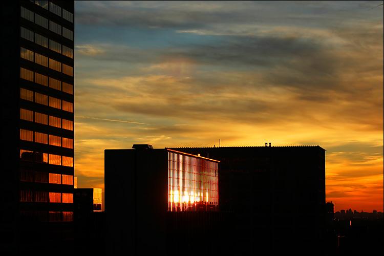 colour swatch windows || canon 300d/70-200 ef L f4 | 1/500s | f4 | ISO 100