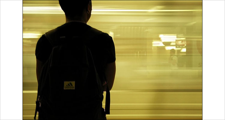 subway arrival || canon G2 || 1/8s | F2.5 | ISO 50