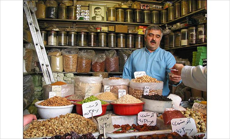 tajrish eid norouz|| canon G2 | 1/50s | F3.2 | ISO 50