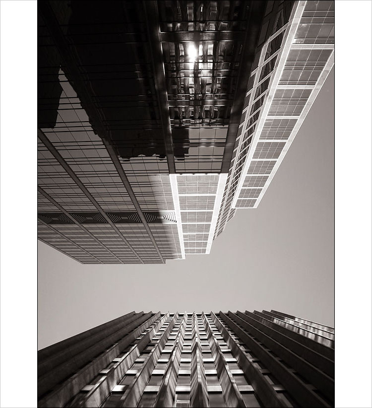 tower reflections || canon 300d | 1/160s | f8 | ISO 100
