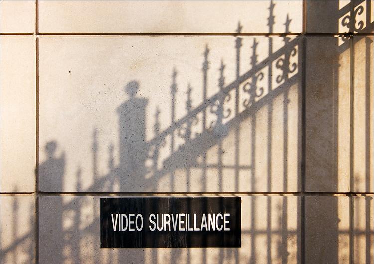 video surveillance || canon 300d/ef-s 18-55 | 1/125s | f7.1 | ISO 200 | handheld